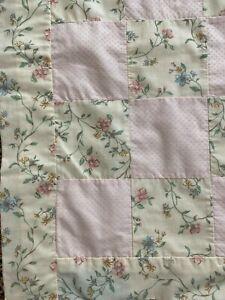 "Vintage Pink Floral Patchwork Quilt Crib 29""X47"""