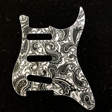 Guitar Stratocaster pickguard 11 holes 3 ply SSS PAISLEY introvabile
