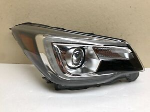 2017 2018 subaru forester right LED headlight OEM *Good Condition*