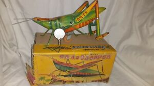 Marusan Toys Mechanical Grasshopper Tin Japan w Box and Key WORKS vintage