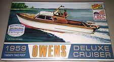 Lindberg 1959 Owens Deluxe Cruiser boat 22 foot 1/25 model kit new 222