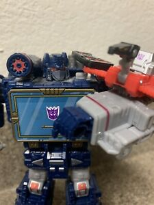 Transformers WFC Siege Soundwave Custom W-Toyhax + Earthrise Laserbeak