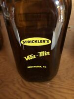 Strickler's Dairy Vita-Min - Huntingdon  PA - Amber Bottle Mint Condition