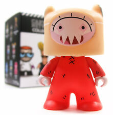 Titans CARTOON NETWORK COLLECTION Series 1 FINN VARIANT 1/40 Chase Vinyl Figure