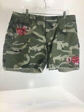 Venus Women's Embroidered Rose Camoflage Frayed Shorts Green/Pink US:16 NEW @