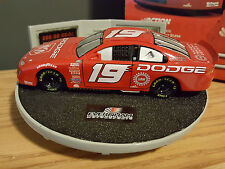 NASCAR 1:32 Scale EVERNHAM 2000 Dodge Intrepid Ceramic Stock Car Rotating Scene