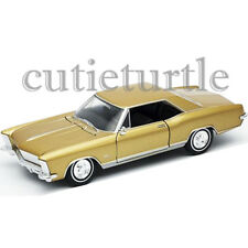 Welly 1965 Buick Riviera Gran Sport 1:24 Diecast Model Toy Car 28072D Gold