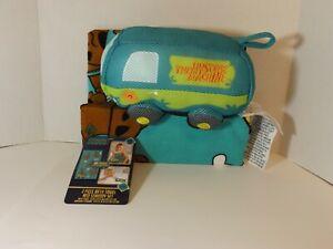 NWT Scoob! 2 piece bath towel & scrubby set (Scooby Doo)