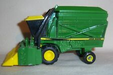 1/64 Ertl John Deere Cotton Picker Farm Toy Equipment Diecast