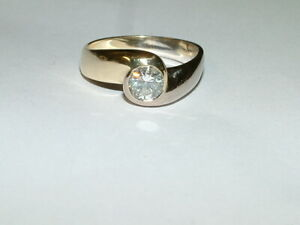 Ring mit Brillant 1,00 ct weiß/ vs, 14K/585 Gold  bicolor massiv, Gr. 63+