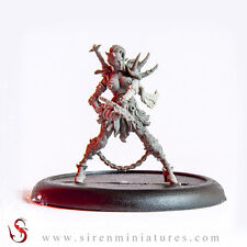 Naebo - Fantasy demon female miniature in 32 mm scale for tabletop games
