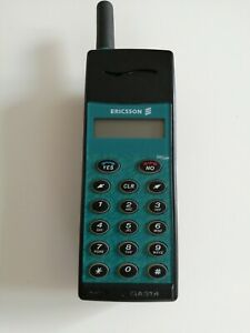 Ericsson GA 318 Vintage Mobile Phone