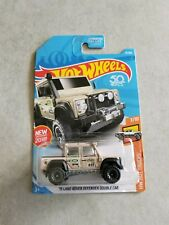Hot Wheels 2018 '15 Land Rover Defender Double Cab new htf