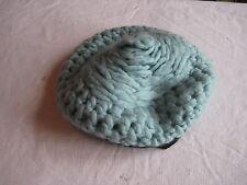 Chapeau ancien en laine