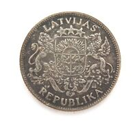 .1924 LATVIA 1 LATS SILVER COIN. IN CIRCULATED CONDITION.