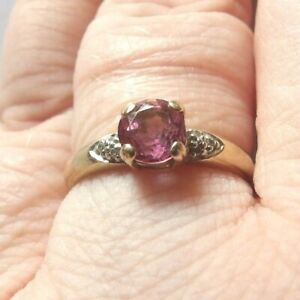 9 CARAT YELLOW GOLD PINK TOPAZ & DIAMOND SOLITAIRE WITH ACCENTS RING SIZE N 1/2
