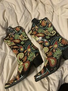 Nomad Yippie Rain Boots size 6 Paisley Party