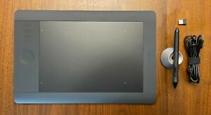 Wacom PTH-650 Intuos 5 Touch Graphic Tablet - Very Clean with Wireless USB Kit