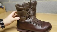 Altberg brown leather army boots - Uk size 9M