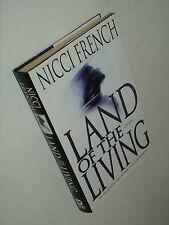 """VG+ 1st ed/1st ptg """"Land of the Living"""" Nicci French Crime Thriller Hdbk Novel"""