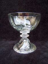 1 ancien verre coupe à champagne verre soufflé pied cloche cristal Saint Louis