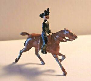 BRITISH SOLDIER ON HORSE CHERILEA CRESCENT BRITAINS TIMPO JOHILLCO