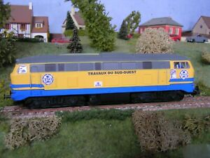 trains miniatures locomotive diesel v215 piko