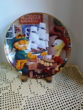 """""""Santa's  Workshop"""" Garfield's Christmas Collectible Plate"""