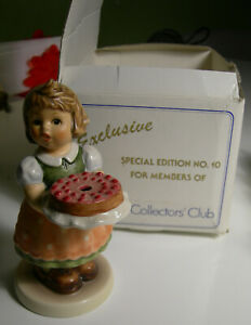 Hummel Birthday Candle Special Edition No. 10 Goebel Collectors Club With Box