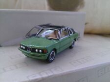 Véhicules miniatures verts BMW 1:87