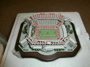 NEW Tampa Bay Buccaneers Raymond James Stadium Danbury Mint MINI Stadium Replica