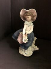 Lladro Pretty Pickings Mint Condition All Flowers In Basket Are Intact Retired