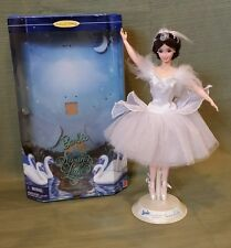 Barbie as the Swan Queen in Swan Lake 1997 #18509 Classic Ballet Series MINT