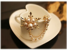 New Long Chain Imitation Brooch 1Pcs Gold Plated Pearl Snowflakes Brooches Pins