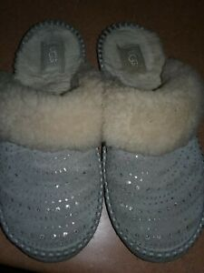 Women's Shoes UGG Embellished  Classic Suede & Sheepskin Slippers SIZE  9