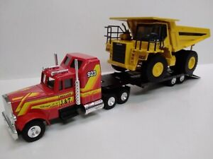 2 JOAL models 1/50 SLEEPER CAB Semi Trailer LOW LOADER TRUCK and KOMATSU HD605-