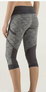 Lululemon Run For Fun Crop Size 4-6 Black Gray Wee Stripe