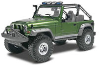 Revell Jeep Wrangler Rubicon 1/25 plastic model kit new 4053