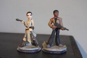 DISNEY INFINITY 3.0 STAR WARS The Force Awakens Playset Finn & Rey PS4 Xbox
