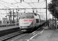 PHOTO  FRENCH TRAIN - SNCF  TGV  PARIS ST JOHAN