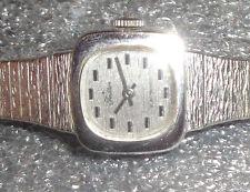 vintage womens Swiss Tradition white gold plated quartz wristwatch