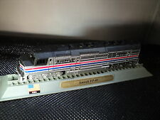 Del PRADO locomotive-AMTRAK FP-45 (EMD) USA
