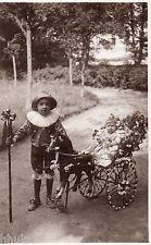 BJ093 Carte Photo vintage card RPPC Enfant fille poussette fleurie vélo costume