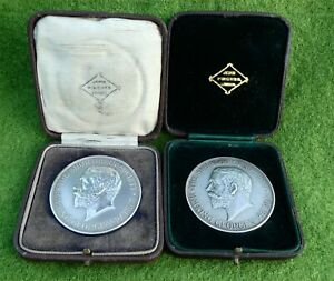 TWO 1920s SILVER SHORTHORN SOCIETY AGRICULTURAL PRIZE MEDALS - SHROPSHIRE & RASE