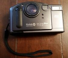 Kodak digital science DC210 plus 2xzoom camera collectable 8mb picture card incl