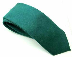 "Charles Tyrwhitt Men's Tie Green Furry 100% Silk 2.75"" Wide 61"" Long"