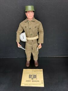 GI Joe Military Police Small Arms 1964 Loose most Accessories
