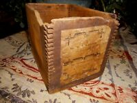 Primitive Antique Small Dovetail Wood Box General Store Ratchets apx 7x5x5