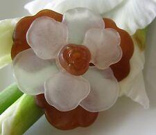 Alte Brosche Tombak Blüte weiß-braun Rose aus Bakelit im Jugendstil um 1970 B413