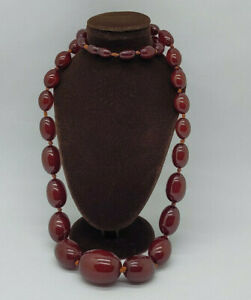BEAUTIFUL QUALITY ART DECO CHERRY AMBER NECKLACE 78 G.